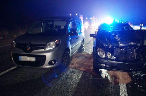 Crash fordert Stauchaos – Polizei moniert fehlende Rettungsgasse