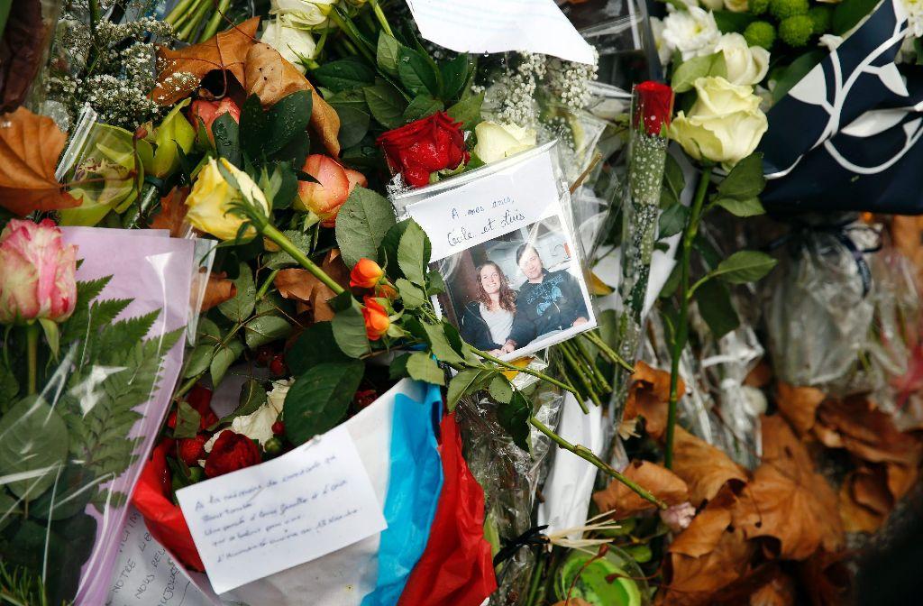 Mindestens 129 Menschen kamen bei den Terroranschlägen in Paris ums Leben. Foto: dpa