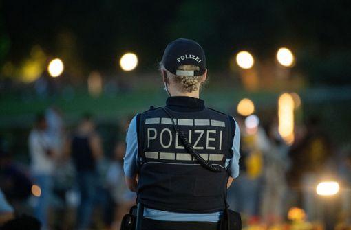 Polizei setzt Alkoholverbot durch