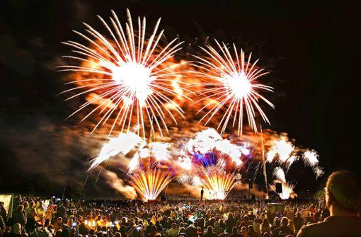 Indien, Singapur und Schweden zu Gast beim Feuerwerkspektakel