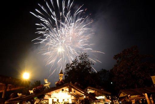 Feuerwerk beendet das Volksfest