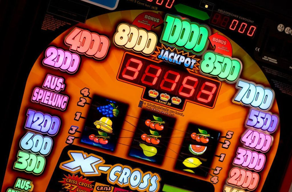 Coin Master orientiert sich am typischen Slot-Machine-Spiel, jedoch ohne echte Geldgewinne. Foto: ullstein bild