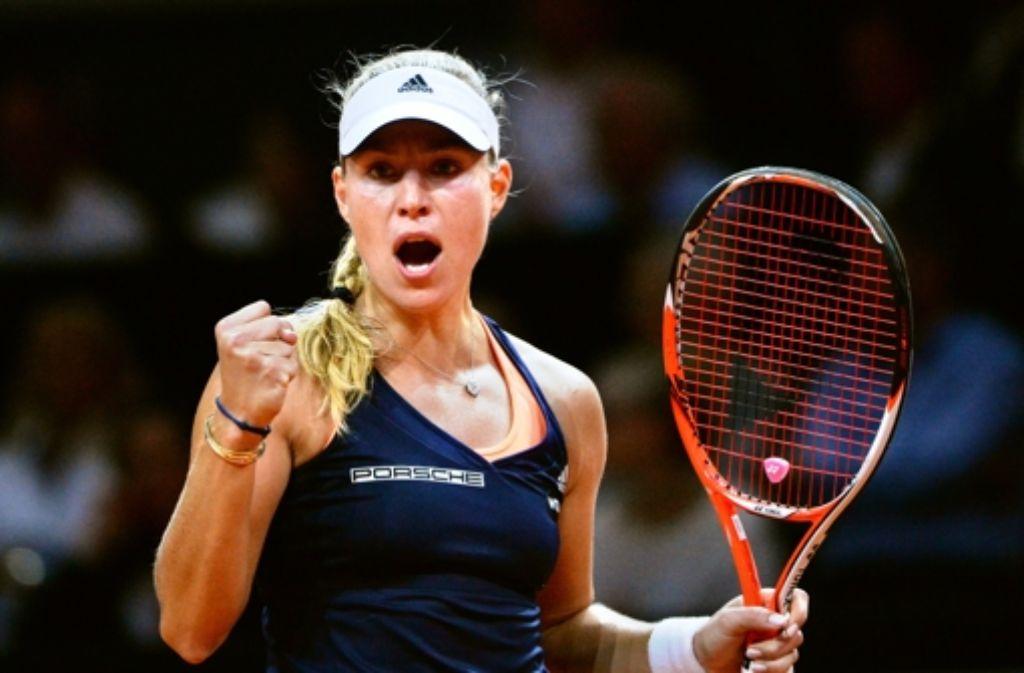 Angelique Kerber hat am Samstag den Einzug ins Finale des Porsche Tennis Grand Prix perfekt gemacht. Die 27-Jährige besiegte ...  Foto: dpa