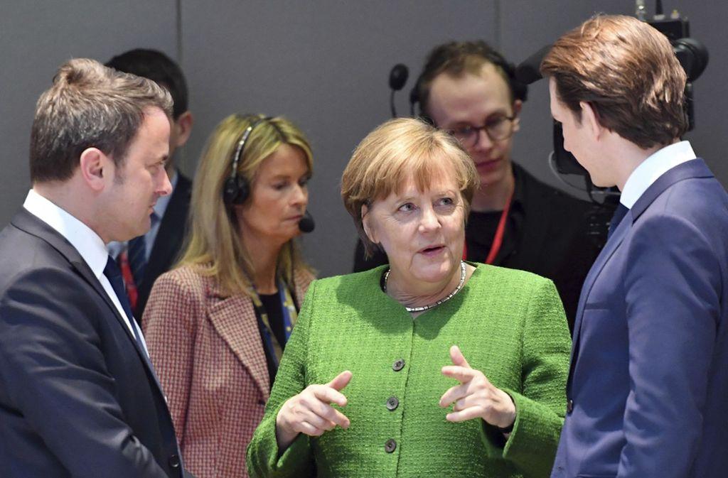 Bundeskanzlerin Angela Merkel beharrt beim EU-Gipfel in Brüssel auf einer solidarischen Verteilung der Flüchtlinge in den Mitgliedstaaten der Europäischen Union Foto: AP