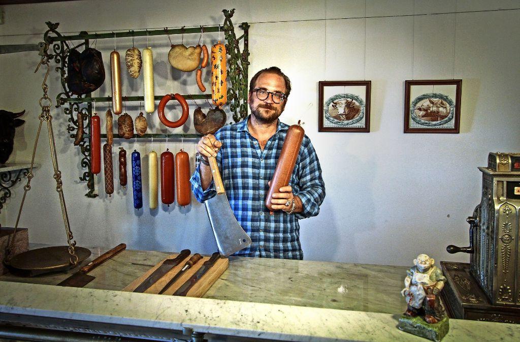 Für eine Modernisierung hat er keine Ressourcen – aber dafür andere Ideen: Christian Baudisch im  Fleischermuseum. Foto: factum/Bach