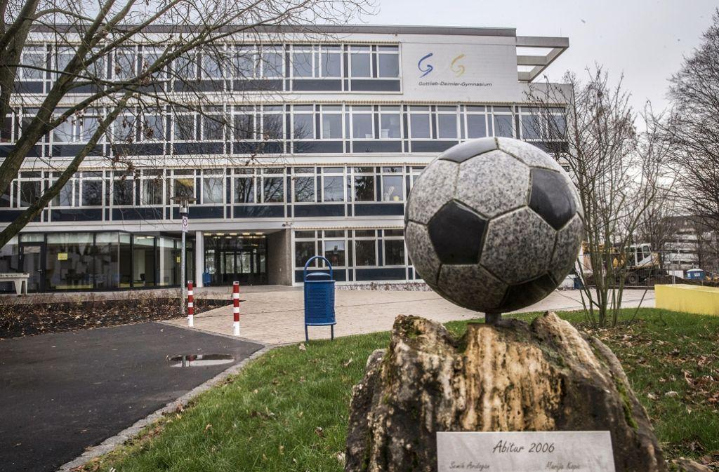 Im Daimler-Gymnasium ruht der Ball meistens – mangels Platz. Foto: Achim Zweygarth