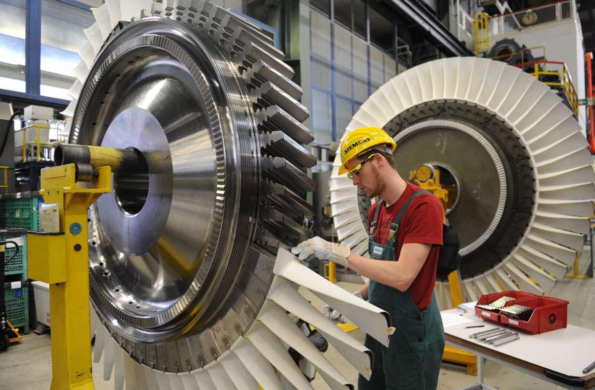 Die  deutsche Wirtschaft schlägt sich wieder etwas besser als zuvor. (Symbolbild) Foto: dpa/Rainer Jensen