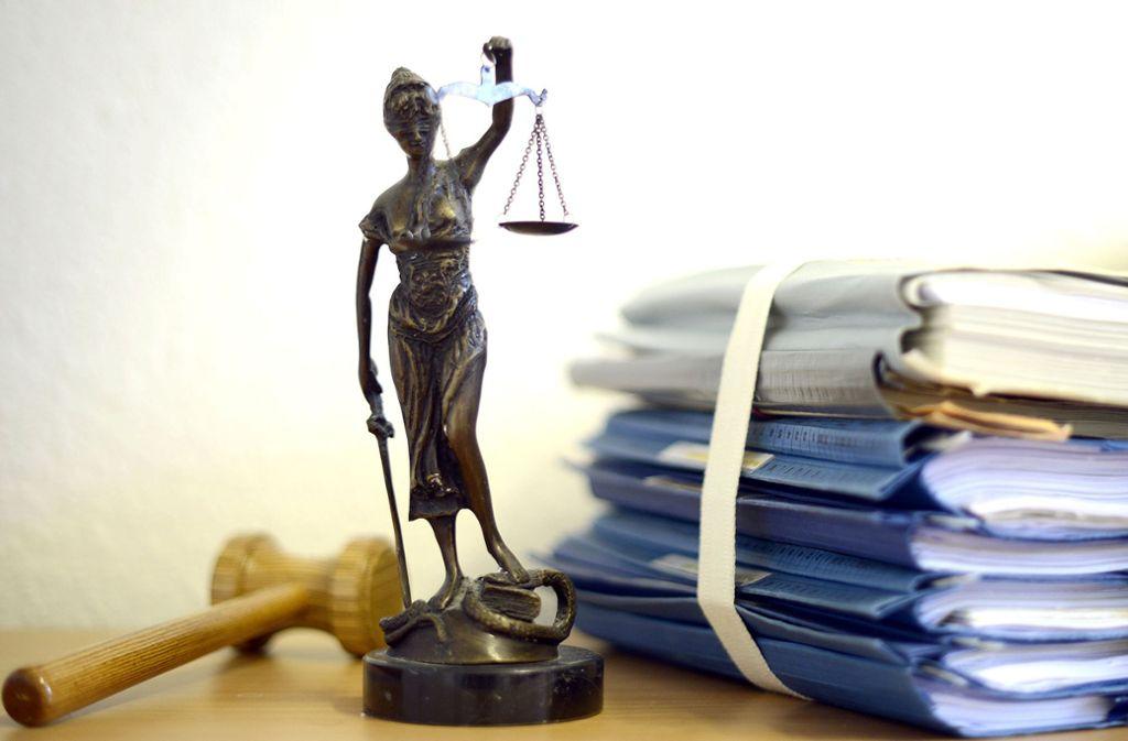 Das Vaihinger Amtsgericht hat gegen einen Unfallfahrer verhandelt. Foto: dpa