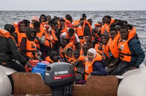 Linke findet Regierungsportal gegen Asyl-Gerüchte fragwürdig