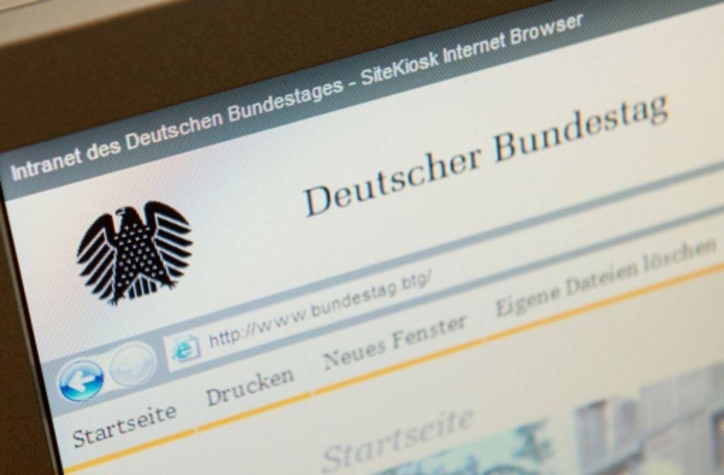 Die Computer-Systeme im Deutschen Bundestag haben einer Attacke aus dem Netz nicht standhalten können Foto: dpa