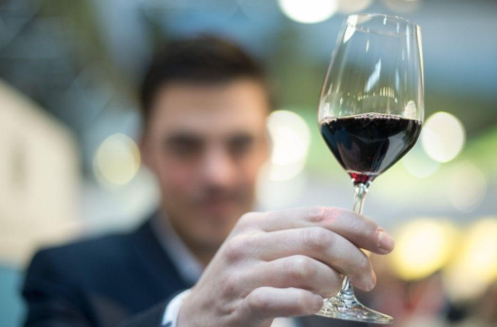 Der Spätburgunder des Weinguts Birkert in Adolzfurt ist eine runde Sache (Symbolbild). Foto: dpa