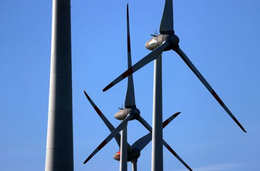 Frankreichs polemischer Kampf gegen Windmühlen