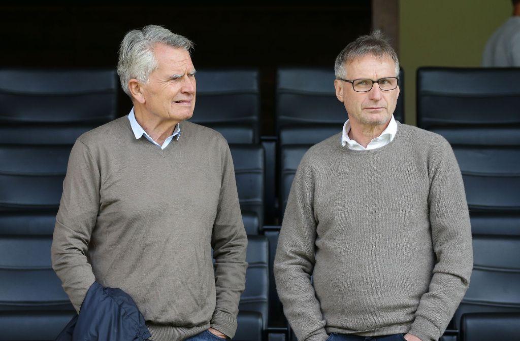 VfB-Präsident Wolfgang Dietrich (links) mit Sportvorstand Michael Reschke. Foto: Pressefoto Baumann