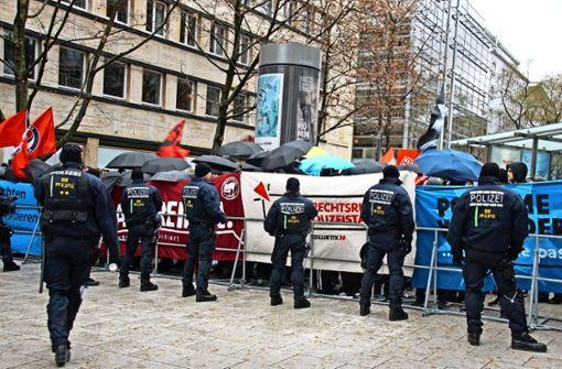 Ermittlungen nach Angriff auf AfD-Fahrzeug – Polizei sucht Zeugen