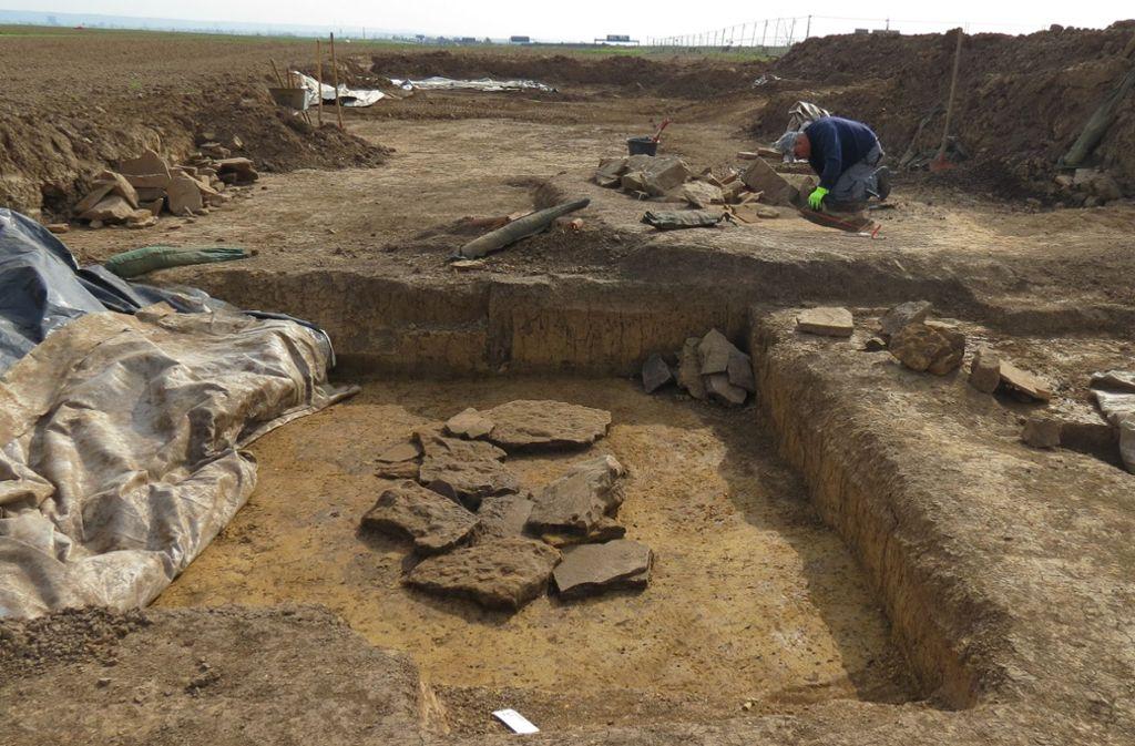 Vor einem Jahr waren Archäologen auf dem Filderacker und haben die Grabstätten freigelegt. Foto: Archiv Sägesser