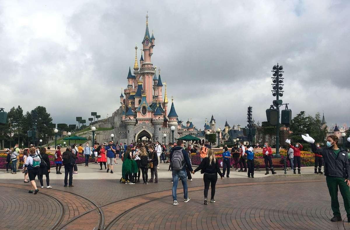 Der Freizeitpark Disneyland Paris öffnet wieder. Foto: AFP/AURELIA MOUSSLY