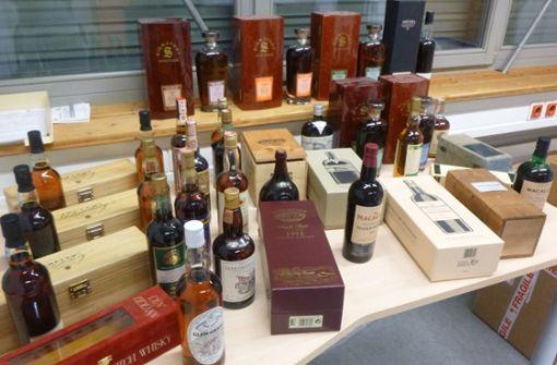 Junge Frau schmuggelt Whisky im Wert von 40 000 Euro