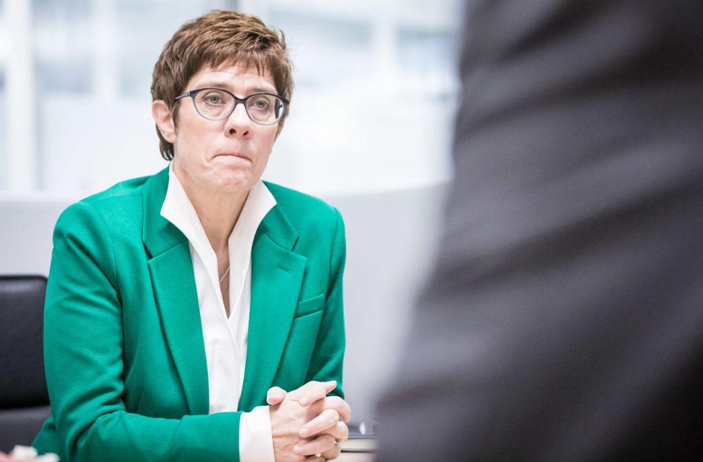 Annegret Kramp-Karrenbauer Kanzlerin bei einem Redaktionsbesuch in Stuttgart. Foto: Lichtgut/Julian Rettig