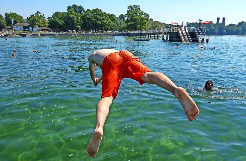 Badespaß pur: Der Bodensee ist ein beliebtes Ausflugsziel. Foto: dpa