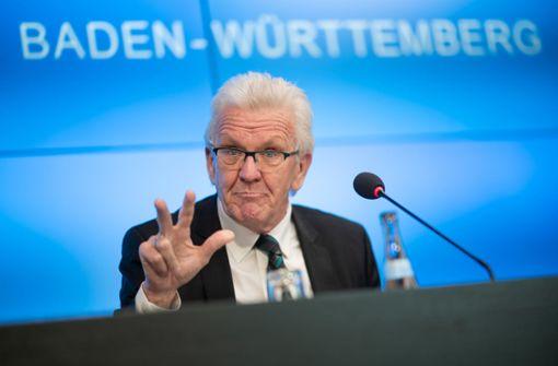Winfried Kretschmann bringt  kürzere Ferien ins Gespräch