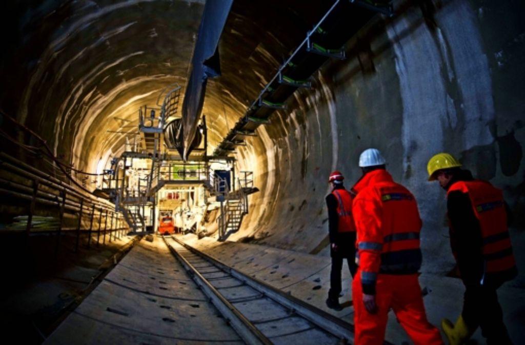 Die Arbeiter sind bereits mehrere hundert Meter in den Untergrund vorgedrungen. Foto: