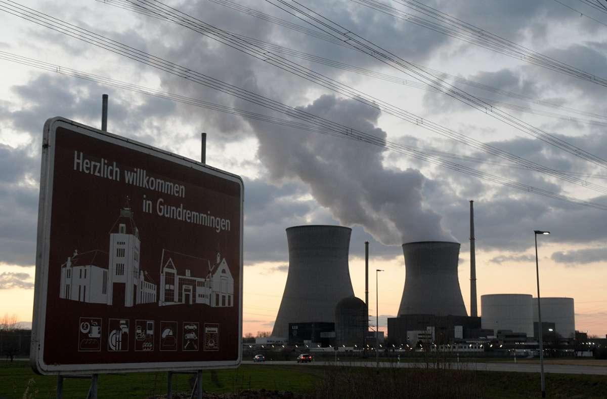 Das Atomkraftwerk in Gundremmingen ist wieder in Betrieb. (Archivbild) Foto: dpa/Stefan Puchner