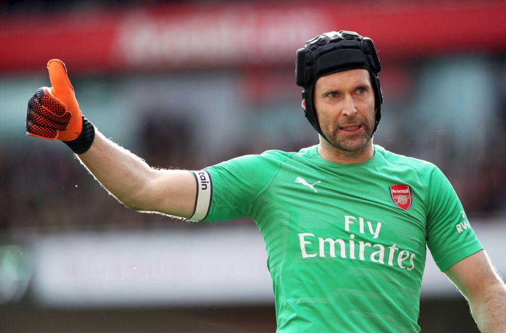 Seit einem komplizierten Schädelbasisbruch im  2006 hatte Petr Cech mit einem Rugbyhelm gespielt. Foto: dpa/Nick Potts