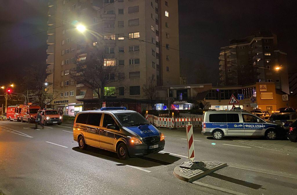 Die Polizei hat am Samstag eine geheime Party in einer Shisha Lounge in Zuffenhausen beendet. Foto: 7aktuell.de/Alexander Hald