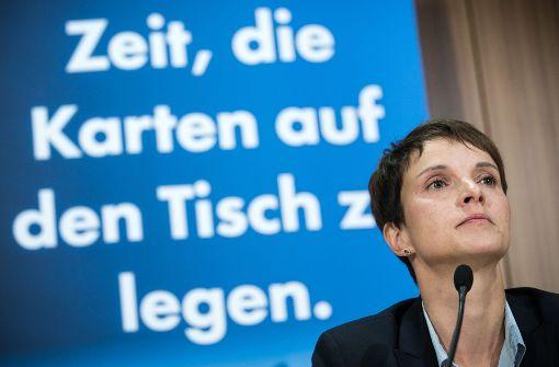 Mal hü, mal hott – AfD und Europas Rechte