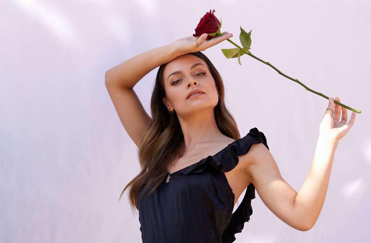 In der Bachelor-Staffel von 2018 war Maxime Herbord selbst  eine Kandidatin – jetzt verteilt sie als aktuelle Bachelorette die Rosen. Foto: TVNOW