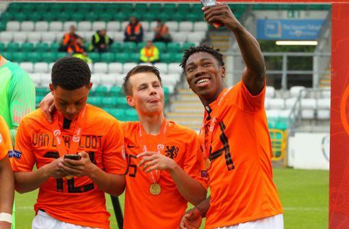 VfB verpflichtet niederländisches Sturmtalent von Stoke City