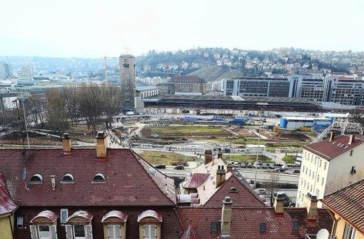Unter den Häusern im Kernerviertel verläuft später der Fildertunnel. Wir dokumentieren den Widerstand gegen Stuttgart 21 in einer Bildergalerie. Foto: Achim Zweygarth