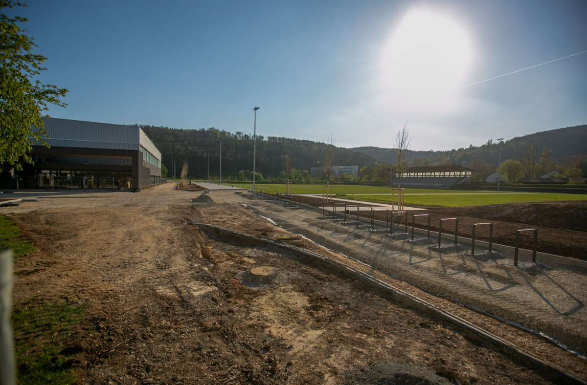 """Bald sind die Arbeiten abgeschlossen am """"Sportpark Weil"""". Foto: Roberto Bulgrin"""