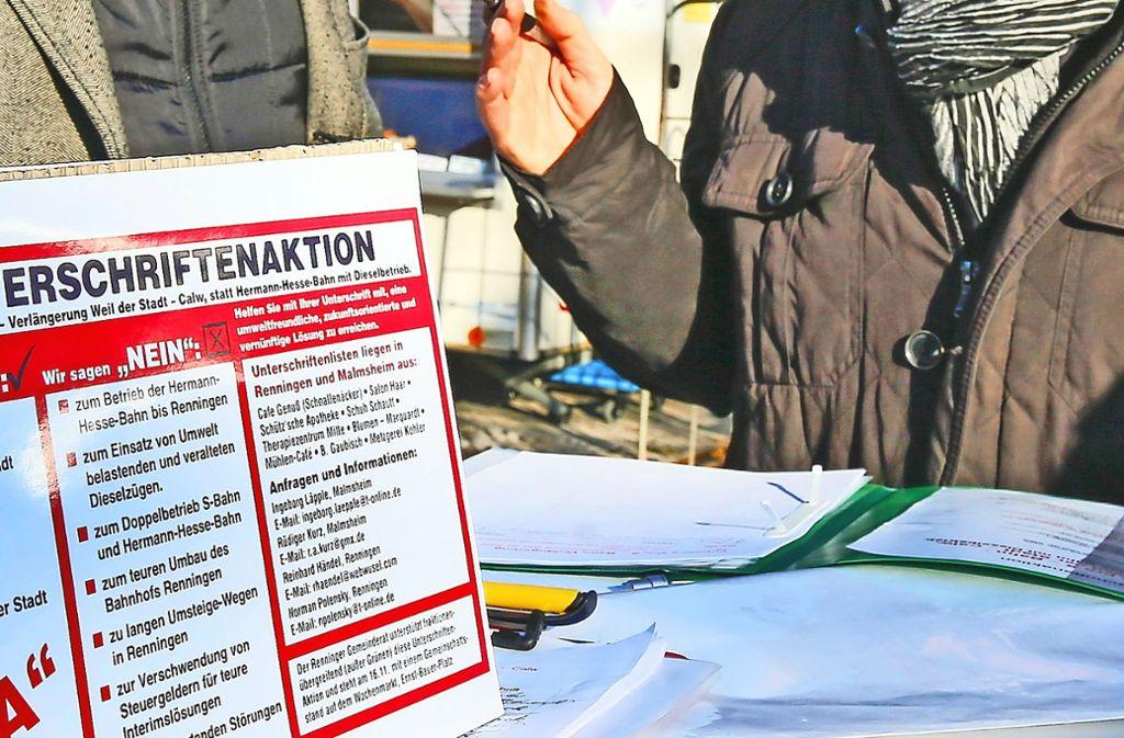 Auf dem Wochenmarkt hat die BI Unterschriften gesammelt. Foto: factum/Granville
