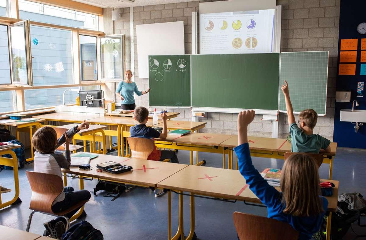 Weniger Schüler als im Vorjahr haben sich Haupt- und Werkrealschulen entschieden (Symbolbild) Foto: dpa/Philipp von Ditfurth