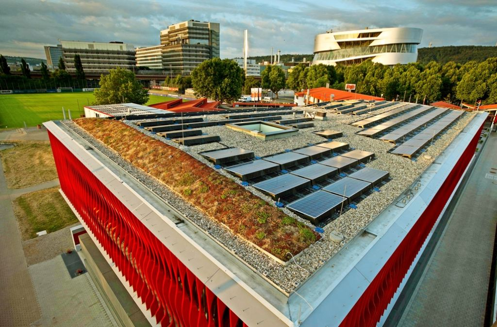 Die Stadtwerke  setzen künftig weniger auf Windkraft und mehr auf Solaranlagen. Foto: