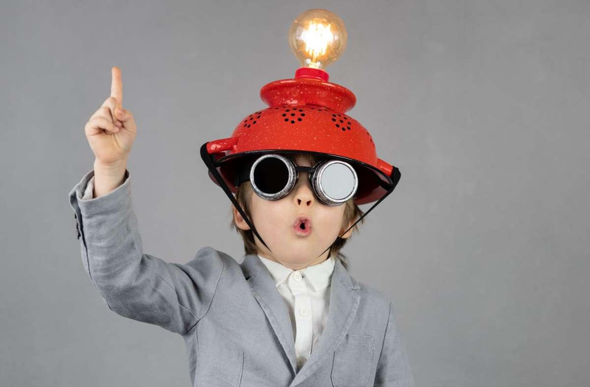 Schon Kinder kommen mit Künstlicher Intelligenz (KI) in Kontakt – etwa durch Amazons Sprachassistentin Alexa. Foto: stock.adobe.com/Igor Yaruta