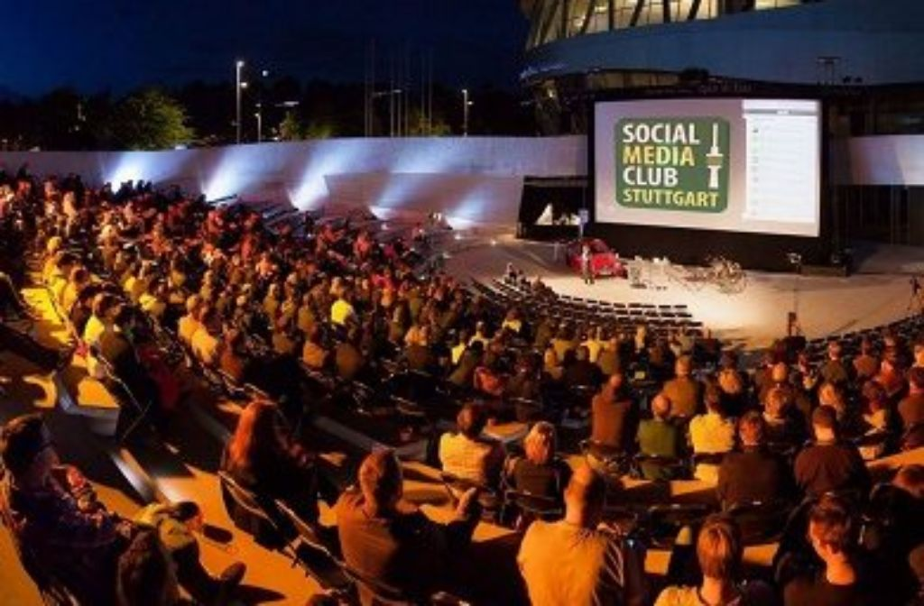 Einmal im Jahr lädt der SMCST zum Social Media Night Open Air. Foto: Facebook/Social Media Club Stuttgart