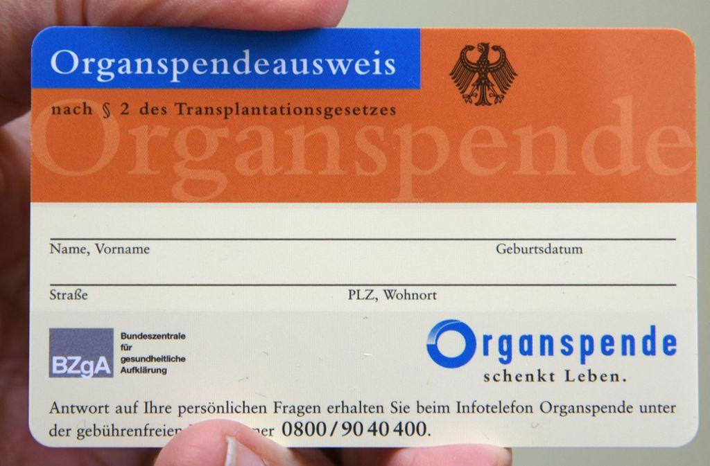 Zur neuen Organspende-Regelung gibt es zwei Vorschläge. Foto: dpa