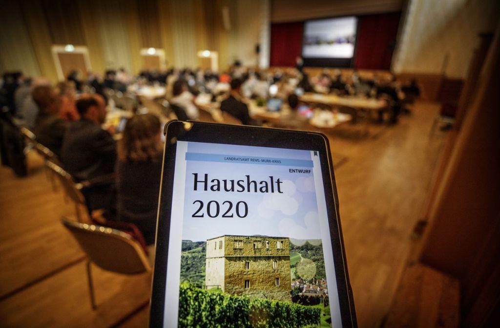 Die Kreistagsfraktionen sind mit de Entwurf der Verwaltung weitgehend einverstanden.Foto:Gottfried Stoppel Foto: