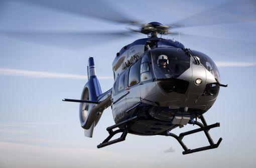 Polizei sucht mit Hubschrauber nach blutendem Radfahrer