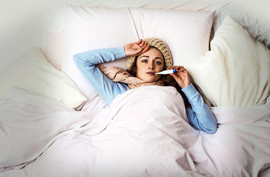Bei Erkältungen setzen viele auf Hausmittel – doch was bringen sie? Foto: 62092804