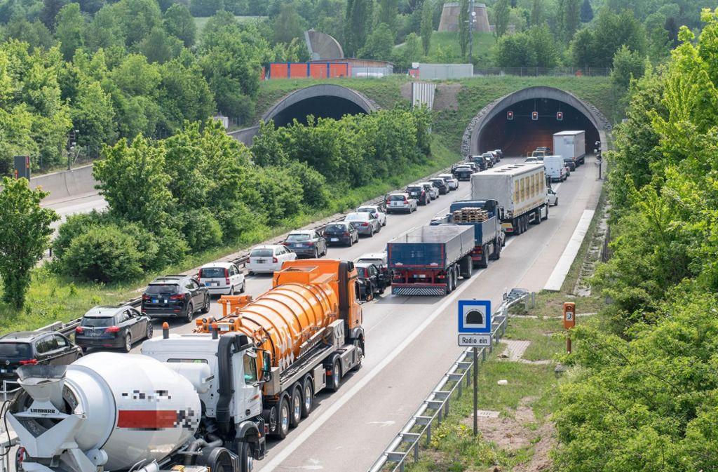 Am Engelbergtunnel bilden sich häufig Staus. Foto: 7aktuell.de/Nils Reeh