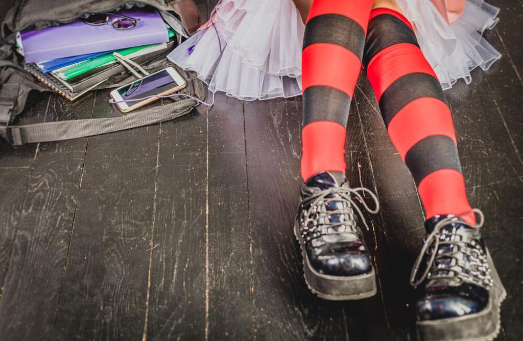 E-Girls sind nicht zu verwechseln mit Emos. Foto: Natalia Klenova / shutterstock.com