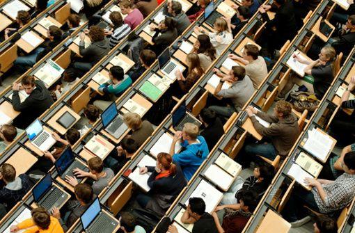 Stuttgarter Hochschulen müssen alle Prüfungen absagen