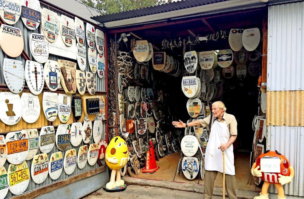 Der Texaner Barney Smith und seine legendäre Klodeckel-Sammlung Foto: Cade Martin