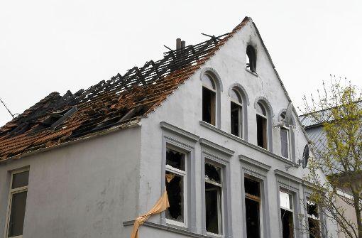 13 Verletzte bei Feuer in Mehrfamilienhaus