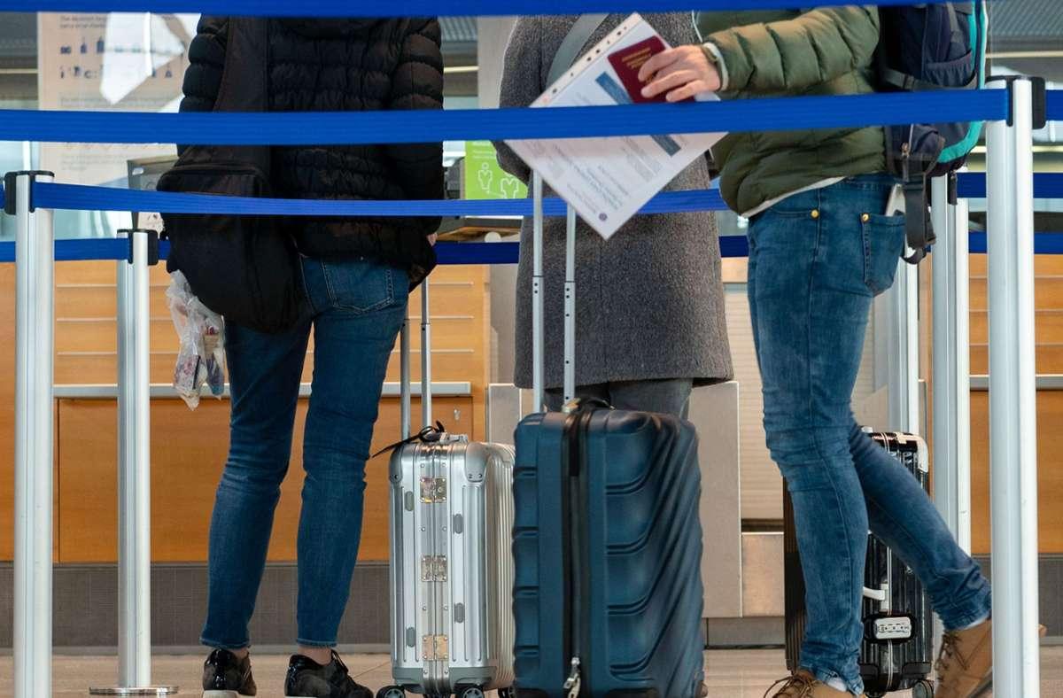 Können Reisen in beliebte Urlaubsgebiete im Ausland unterbunden werde? Das prüft jetzt die Bundesregierung. (Symbolbild) Foto: LICHTGUT/Leif Piechowski/Leif Piechowski