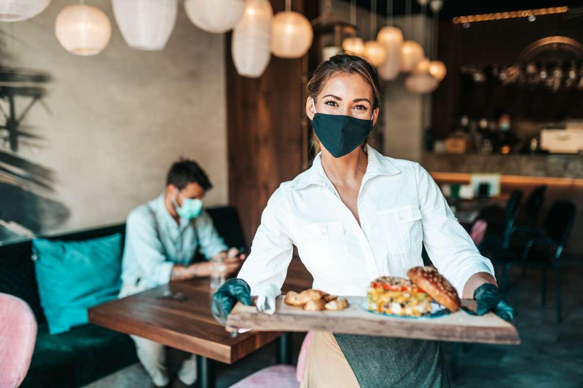 Welche Regeln gelten jetzt im Restaurant? Foto: hedgehog94 / shutterstock.com