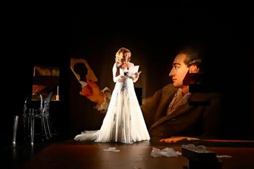 """Martina Guse spielt in """"Ein Gespräch im Hause Stein über den abwesenden Herrn von Goethe"""" im Forum Theater Stuttgart."""